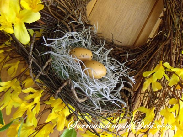 Birdsnest in wreath 2