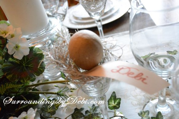 Egg-Placecard-Holder