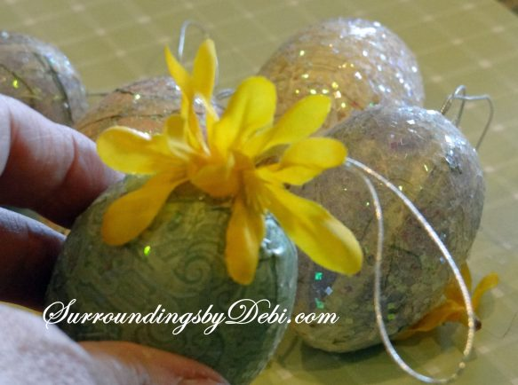 Eggs with Forsythia (2)