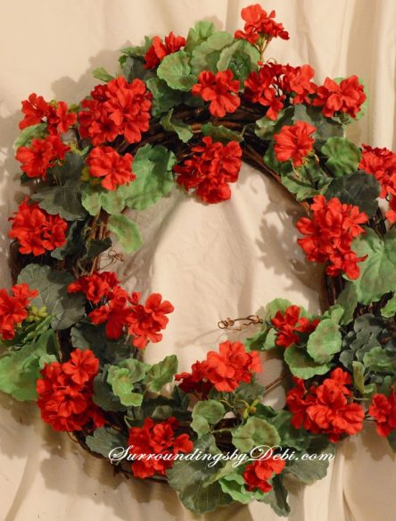 Red-Geranium-Wreath