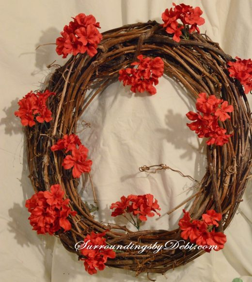 Red-Geranium-Wreath-Beginni