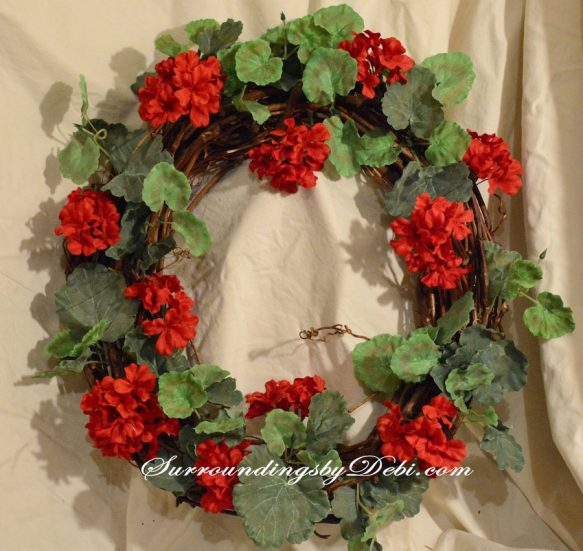 Red-Geranium-Wreath-with-Gr