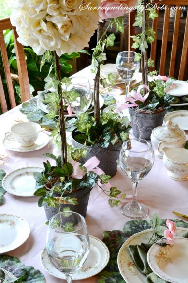 Rose-Tablescape-Birds-Eye-V