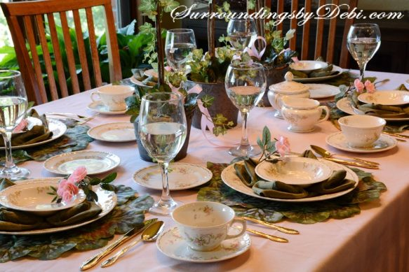 Rose-Tablescape-Full-Table