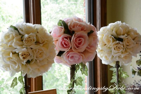 Rose-Tablescape---Topiaries