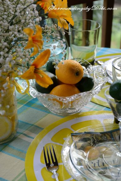 Citrus-Tablescape---Faux-Fruit