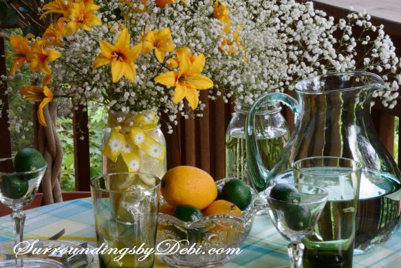 Citrus-Tablescape---Lemon-Vase