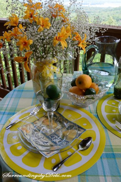 Citrus-Tablescape---Lemon-Vase-A