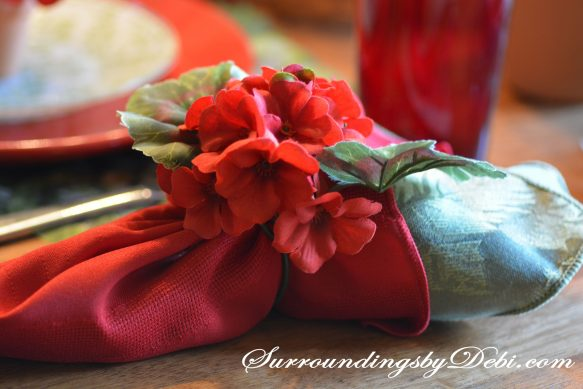 Red-Geranium-Tablescape-N