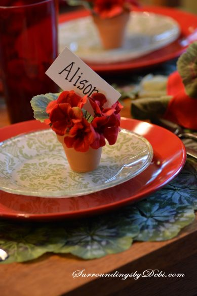 Red-Geranium-Tablescape-Pla