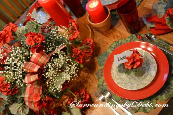 Red-Geranium-Tablescape-Vie