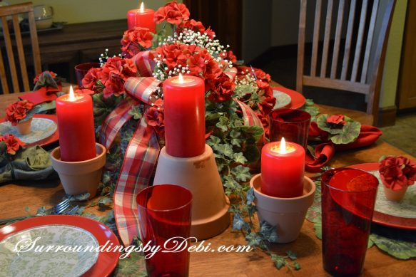 Red-Geranium-Tablescape-ivy