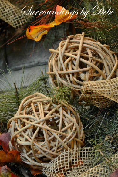 Twig Sphere Accents
