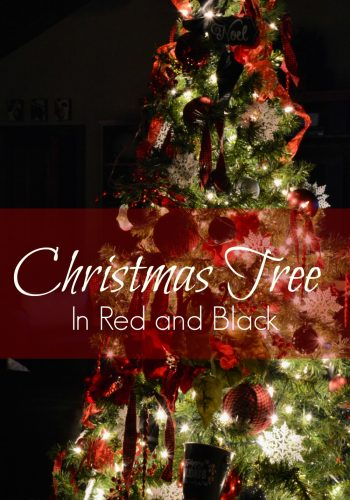 Christmas Tree in Red and Black