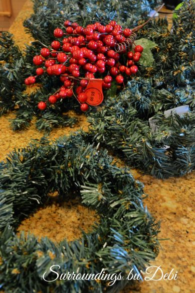 Small Christmas Accent Wreath Supplies