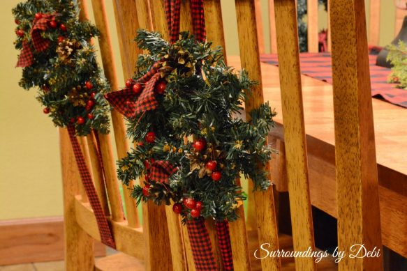Small Christmas Accent Wreaths Double Chair