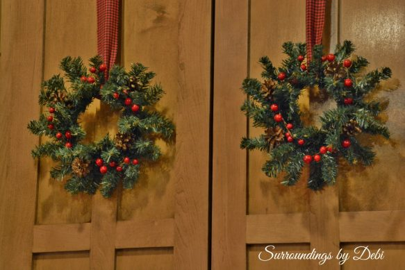 Small Christmas Accent Wreaths on Doors