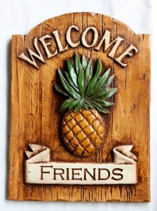 Welcome PIneapple Door Sign