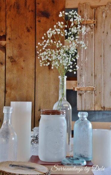 Rustice Wedding in a Barn Table Decor