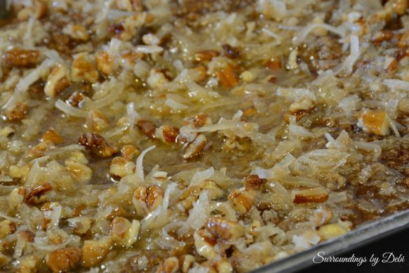Topping on Oatmeal Cake