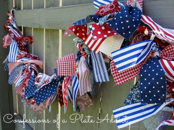 CONFESSIONS OF A PLATE ADDICT Indoor-Outdoor Lighted Patriotic Garland4