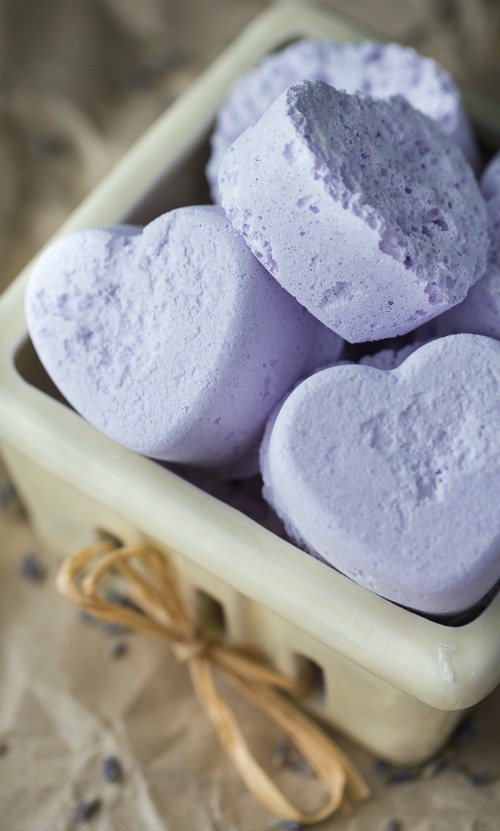 lavender-heart-bath-bombs-3-1