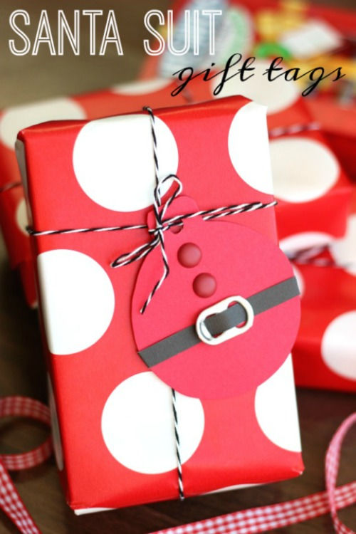 santa-suit-gift-tags-480x720
